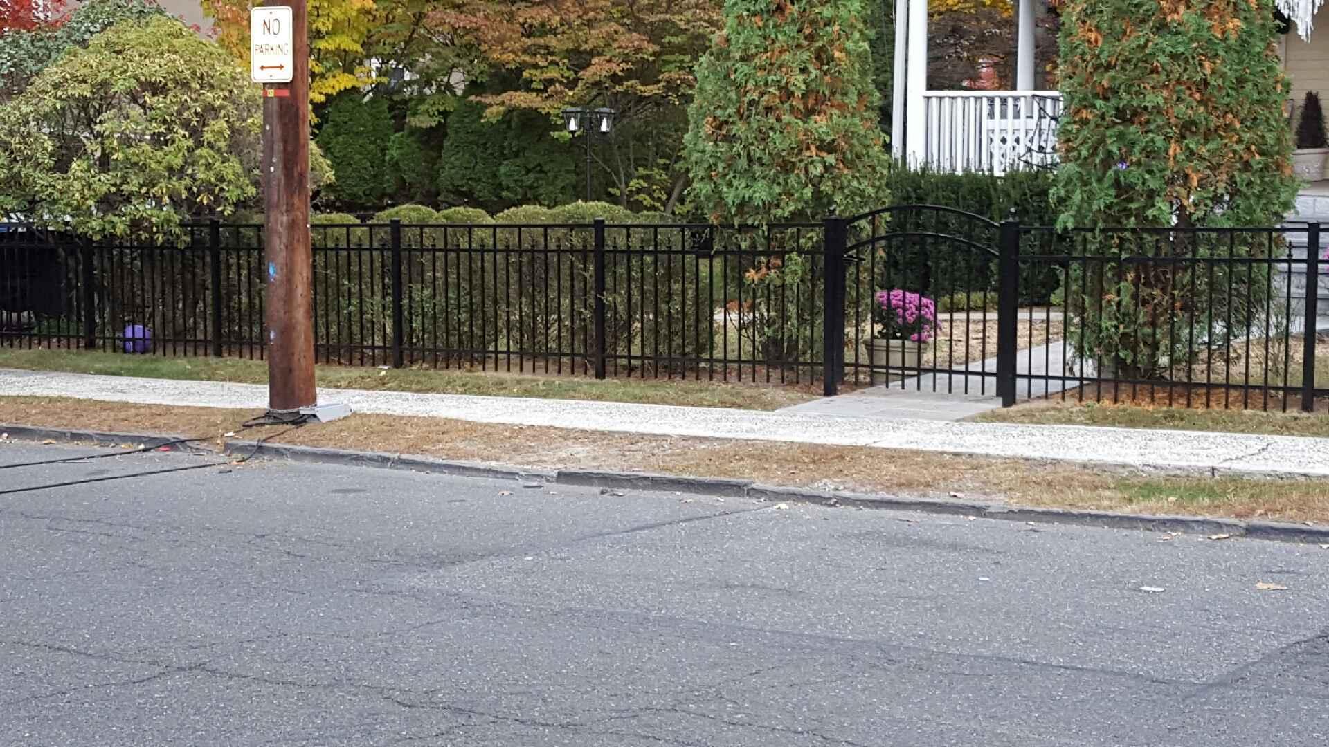 bronxville-11161-aluminum-fence-company