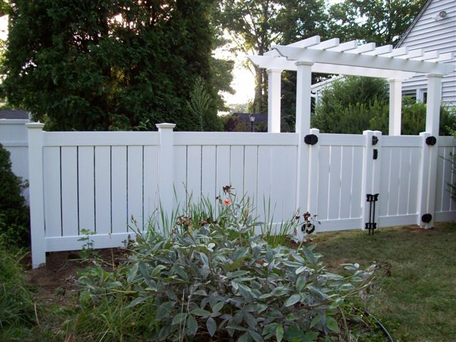 VINYL ARBOR AND SECTIONS