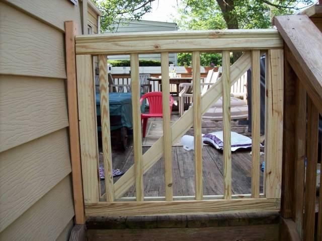 railing_wood_gates