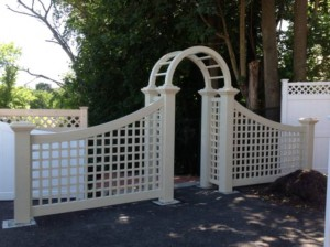 vinyl_arbor_with_208_x_208_post_lattice_sides