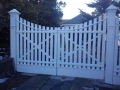 WOOD_PICKET_DOUBLE_GATEs