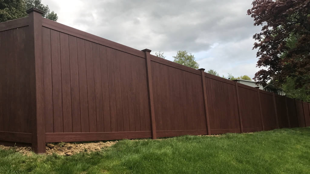 Vinyl Fencing Vinyl Fences Are Nostalgic And Long Lasting