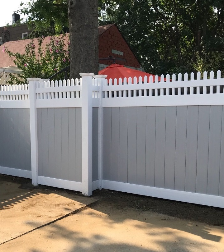 Rye Fence vinyl fence job